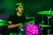 Iñigo Gil, baterista de The Fakeband, Santana 27, 2014