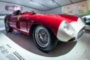 Ferrari 857s 1955. Exhibición de coches en la casa-museo de Enzo Ferrari, Via Paolo Ferrari, 85, 2014