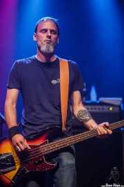 Steve Smith, bajista de Five Horse Johnson, Kafe Antzokia, 2014