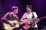 Alfie y Harrry Hudson-Taylor, cantantes y guitarristas de Hudson Taylor, Azkena Rock Festival, 2014