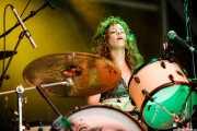 Julie Edwards, baterista y cantante de Deap Vally, Azkena Rock Festival, 2014