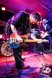 Timbo -guitarrista y cantante- y Robin Guttman -bajista-, de Speedbuggy USA, Centro Niemeyer, 2014