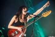 Delila Paz, cantante y bajista de The Last Internationale, Bilbao BBK Live, 2014