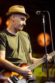 Merlo Podlewski, bajista de Jack Johnson, Bilbao BBK Live, 2014