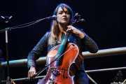 Neyla Pekarek, cantante y cellista de The Lumineers, Bilbao BBK Live, 2014