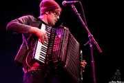 Stelth Ulvang, pianista y acordeonista de The Lumineers, Bilbao BBK Live, 2014