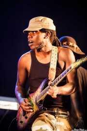 Garrett Shider, guitarrista y cantante de George Clinton's Parliament Funkadelic, Donostiako Jazzaldia - Zurriola, 2014