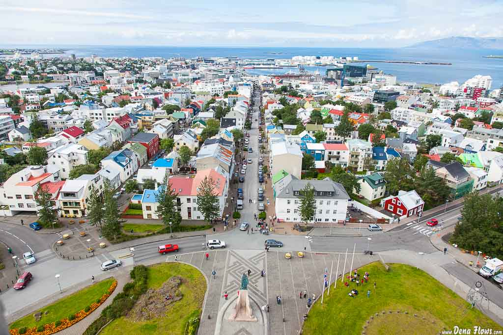 Reikiavik desde la torre de Hallgrimskirche, Reikiavik, Islandia, 2014