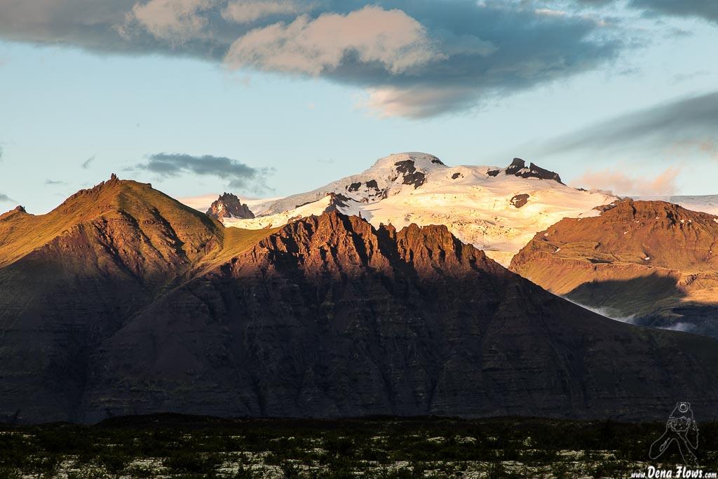 Montañas en los alrededores de Skaftafell, Islandia, 2014