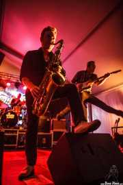 Dani Nel·lo -saxofonista- y Mario Cobo -guitarrista- de Los Mambo Jambo, Aste Nagusia - Algara Txosna. 2014