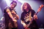 "J.P. ""Thunderbolt"" Patterson -baterista-, Richard ""Handsome Dick"" Manitoba -cantante- y Dean ""The Dream"" Rispler -bajista- de The Dictators NYC (17/10/2014)"
