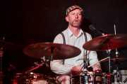 Stephen Pitkin, baterista de Elliott Brood, Sala Azkena. 2014