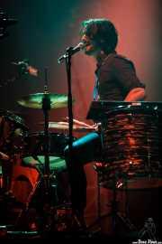 Conall Ó Breacháin, cantante y baterista de We Cut Corners, Bilbao Exhibition Centre (BEC). 2014