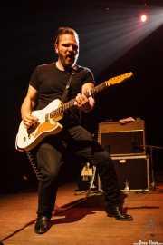 Matt Hill, guitarrista de Nikki Hill, Kafe Antzokia. 2014