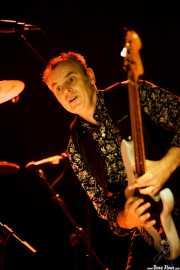 Brad Fordham, bajista de Dave Alvin & Phil Alvin with The Guilty Ones, Ficoba. 2014