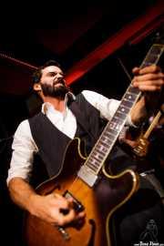 Sylvain Lorens, guitarrista de The Buttshakers, Kafe Antzokia. 2014