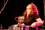 Inma Gómez, percusionista de Crudo Pimento, Purple Weekend Festival. 2014