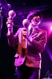 Manuel Pablo McNamara, armonicista y maracas de Les Grys-Grys, Purple Weekend Festival. 2014