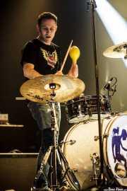 Dani Miralles, baterista de Help Me Devil, Santana 27. 2014