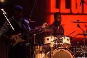 Vernon Black -guitarra- y Darian Gray -batería- de Booker T. Jones, Sala BBK, Bilbao. 2015