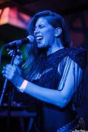 Hayley Red, cantante de The Dustaphonics, Kafe Antzokia, Bilbao. 2015