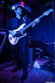 Devid Dell'Aiera, bajista de The Dustaphonics, Kafe Antzokia, Bilbao. 2015