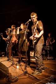 Tórax -bajo-, Char-Lee Mito -voz-, Mr. Smoky -batería-, Sophia Pell -voz- y Zala Pellejo -guitarra-de Villapellejos, Sala Cúpula (Teatro Campos Elíseos), Bilbao. 2015