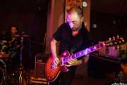 Mattia Ruffi -guitarra- y Gianmarco Petrucci -batería- de King Mastino, Satélite T, Bilbao. 2015