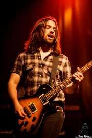 Paul Mahon, guitarrista de The Answer, Kafe Antzokia, Bilbao. 2015