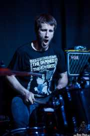 Joseba Arza, baterista de Bullet Proof Lovers, Kafe Antzokia, Bilbao. 2015
