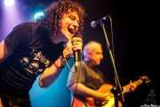 Michael Kastelic -voz- y Gregg Kostelich -guitarra- de The Cynics, CC Larratxo KE, Donostia / San Sebastián. 2015
