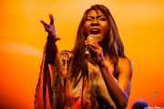 Koko-Jean Davis, cantante de The Excitements, Social Antzokia, Basauri. 2015