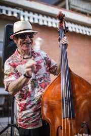 Doc Scanlon, cantante y contrabajista de Doc Scanlon's Swingsters, Gastroswing 2015 - RAL Club, Murgía. 2015
