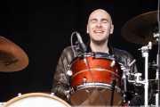 Joost Kroon, baterista de Sven Hammond, Azkena Rock Festival, Vitoria-Gasteiz. 2015
