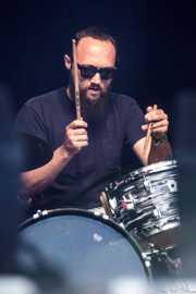 "Jason ""Teen Beat"" Smay, baterista de JD McPherson, Azkena Rock Festival, Vitoria-Gasteiz. 2015"