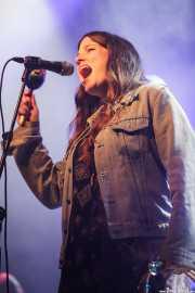 Amber Webber, cantante de Black Mountain, Azkena Rock Festival, Vitoria-Gasteiz. 2015