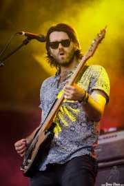 Thomas Peel, bajista de James Bay, Bilbao BBK Live, Bilbao. 2015