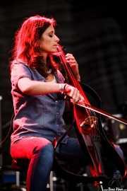 Yurena Nuño Arana, violonchellista de MobyDick, Mundaka Festival, Mundaka. 2015
