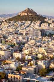 Atenas, al atardecer, desde la Acrópolis con la colina Lofos Likavitou al fondo (15/09/2015)