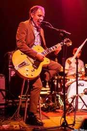 Robert Lopez, guitarrista de Diana Death y sus novios, Kafe Antzokia, Bilbao. 2015