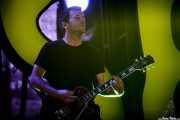 Neil Hennessy, guitarrista en gira de Rise Against, Bilbao Exhibition Centre (BEC), Barakaldo. 2015