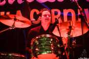 Johan Svensson, baterista de Howling Pelle & His Loyal Royals, Funtastic Dracula Carnival, Benidorm. 2015