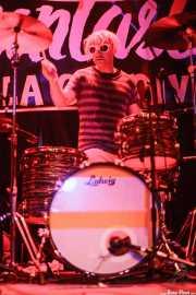 Sam Sandler aka Crash LaResh, baterista de Flat Duo Jets, Funtastic Dracula Carnival, Benidorm. 2015