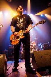 Marc Diamond -guitarra- y Patrick Muzingo -batería- de de Junkyard, Kafe Antzokia, Bilbao. 2015