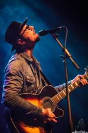 Mike Montali, cantante y guitarrista de Hollis Brown, Kafe Antzokia, Bilbao. 2015
