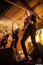 """Dai Ura """"Mr. Gully"""" -voz y bajo-, Kazuya Tosa """"Mr. Lawdy"""" -voz y guitarra- y Takashi Manabe """"Mr. Pan"""" -voz y guitarra- de The Neatbeats (Purple Weekend Festival, León)"""