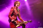 Dan Hawkins, guitarrista de The Darkness (Santana 27, Bilbao, 2016)