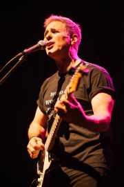 Jon Rubin, cantante y guitarrista de The Rubinoos