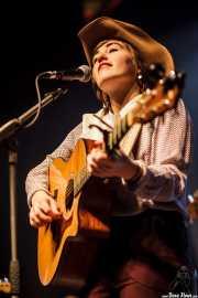 Margo Cilker, cantante y guitarrita de Margo Cilker & The Drunken Angels (Kafe Antzokia, Bilbao, 2016)