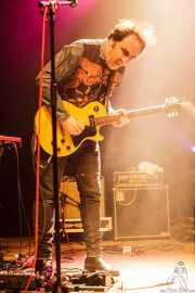 Joseba Irazoki, guitarrista de Los Separatistas (Kafe Antzokia, Bilbao, 2016)